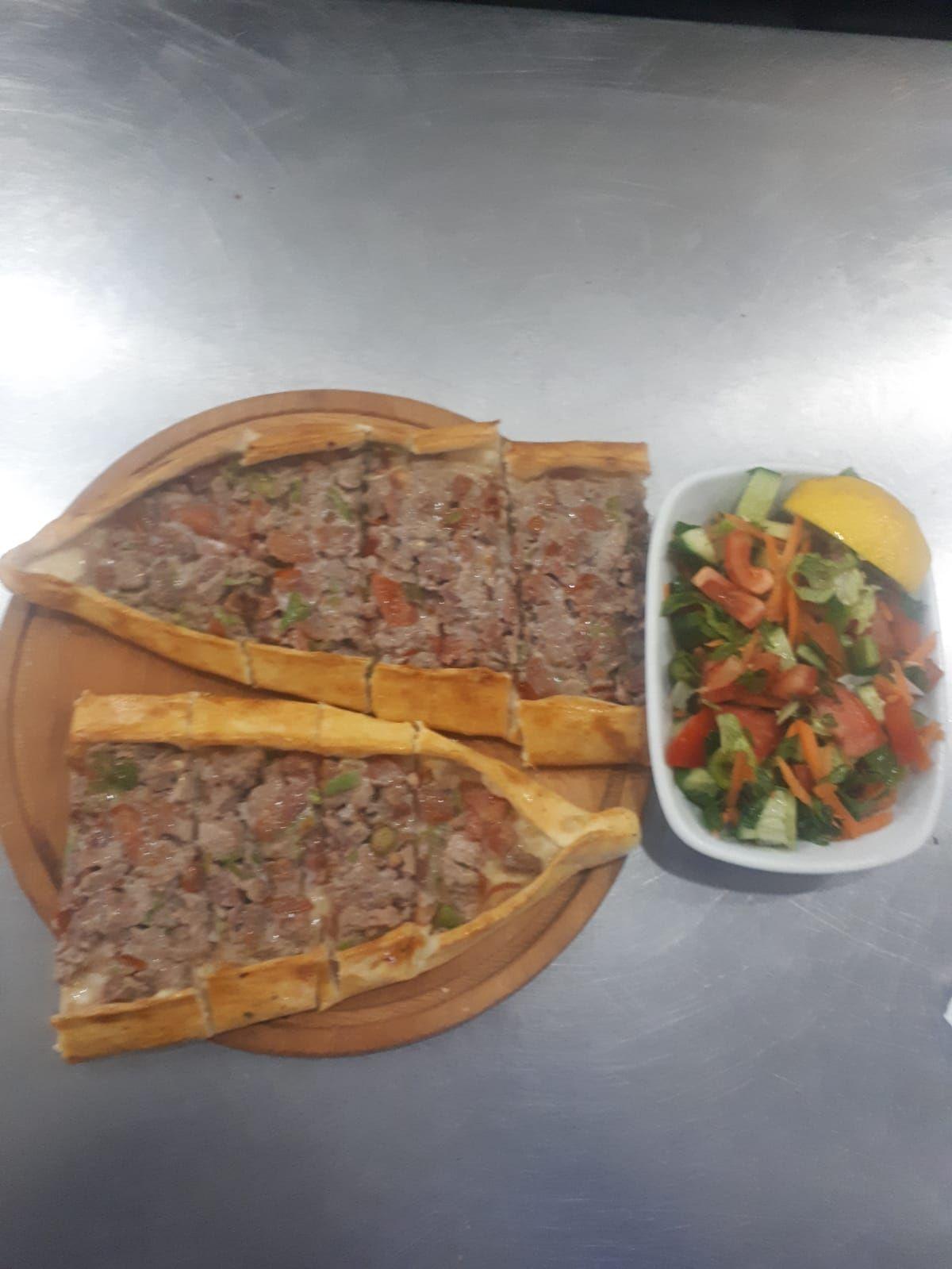Uludağ Kebap Maltepe | Kuşbaşılı Pide + Salata